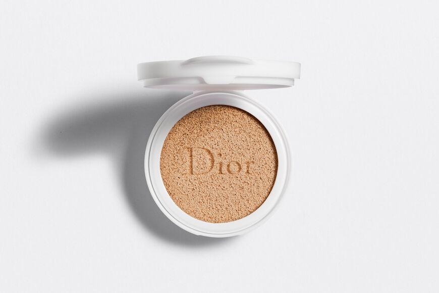 Dior - Capture Dreamskin Cushion foundation - dreamskin moist & perfect cushion spf 50 - pa+++ - the refill - 3 Open gallery