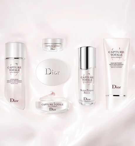 Dior - Capture Totale Discovery Set Dior's best global anti-ageing moisturising skincare discovery ritual - 2 Open gallery