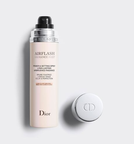 Dior - Dior Backstage Airflash radiance mist Spray fixateur - booster* d'éclat - longue tenue