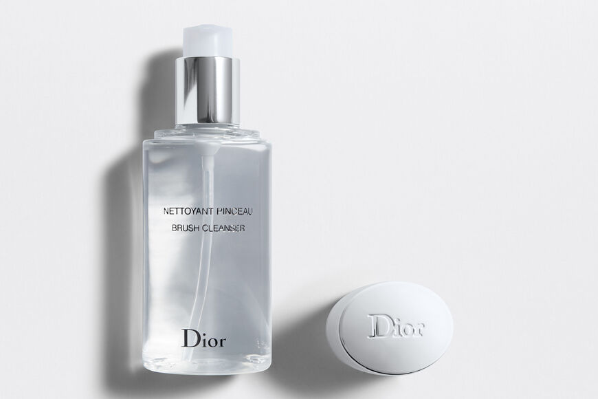 Dior - Brush Cleanser Makeup brush cleanser Open gallery