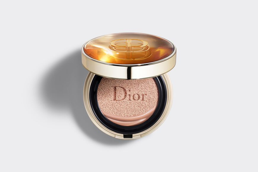 Dior - Dior Prestige Cushion foundation - le cushion teint de rose - 4 Open gallery
