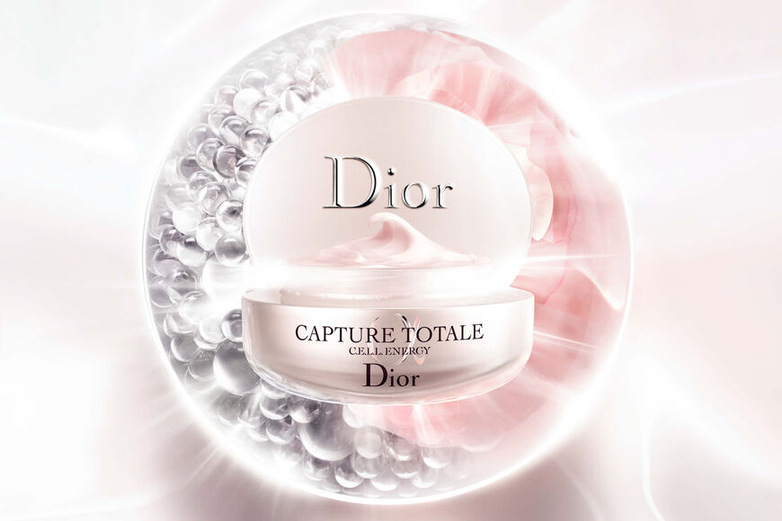Dior - Capture Totale Firming & wrinkle-correcting cream Open gallery
