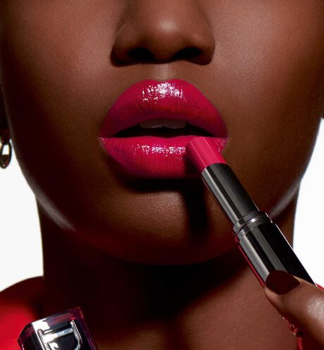 Dior - Dior Addict Lacquer Stick Liquified shine, saturated lip colour, weightless wear - 86 Open gallery