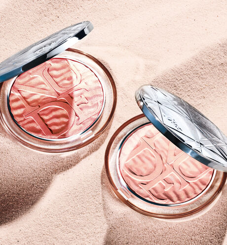 Dior - Diorskin Nude Luminizer - Summer Dune Collection Limited Edition Highlighter - ultra-sparkling glow powder - shimmering pigment-infused - 2 Open gallery