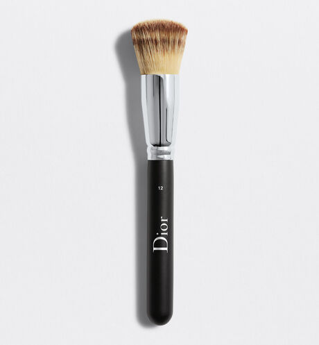 Dior - Dior Backstage Full Coverage Fluid Foundation Brush N° 12 Dior backstage full coverage fluid foundation brush n°12