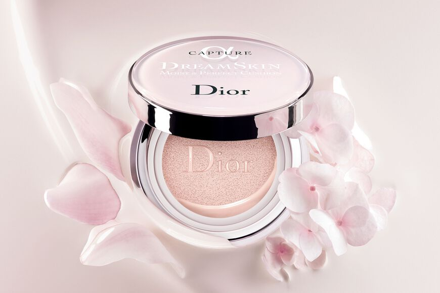 Dior - Capture Dreamskin Dreamskin moist & perfect cushion spf 50 - pa+++ Ouverture de la galerie d'images