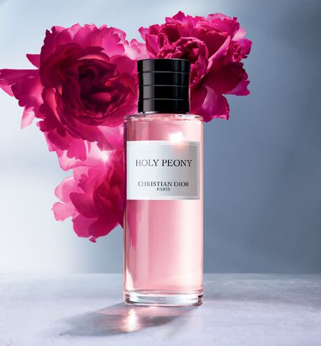Dior - Holy Peony Fragrance - 15 Open gallery
