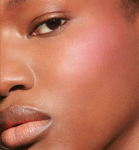 Dior - Dior Backstage Rosy Glow Blush - color awakening universal blush - natural healthy glow - 3 Open gallery