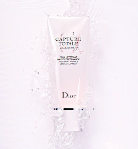 Dior - Capture Totale High-performance gentle cleanser - 2 Open gallery