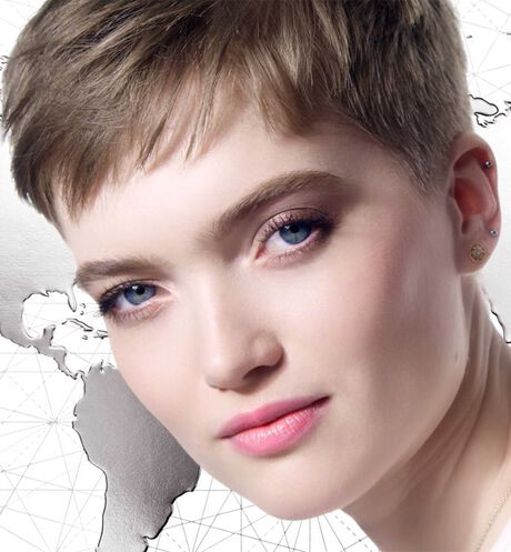 Image product Ultra Dior Couture Palette 3 Open player