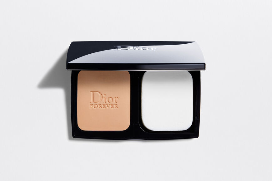 Dior - Dior Forever Extreme Control Everlasting 16h luminous matte finish - pore-refining effect - 2 Open gallery