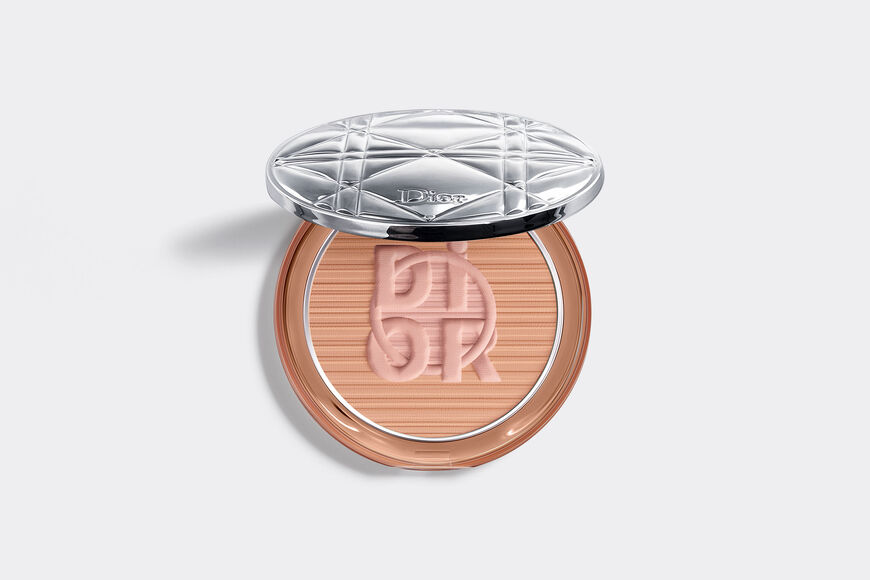 Dior - Diorskin Mineral Nude Bronze - Color Games Collection Limited Edition Bronzer - healthy glow bronzing powder Open gallery