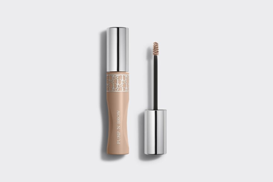 Dior - Diorshow Pump 'N' Brow Instant volumizing - natural-looking - squeezable brow mascara - fortifying effect Open gallery