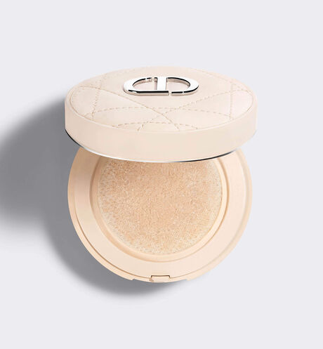Dior - Dior Forever Cushion Powder Poudre libre soin ultra-fine & fraîche - transparence & perfection longue tenue