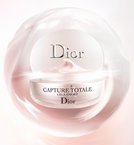 Dior - Capture Totale Firming & wrinkle-correcting cream - 3 Open gallery