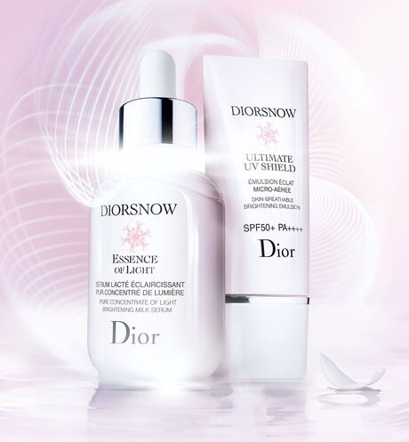 Dior - Diorsnow - Ultimate UV Shield Skin-breathable brightening emulsion - spf 50+ pa++++ - 6 Open gallery