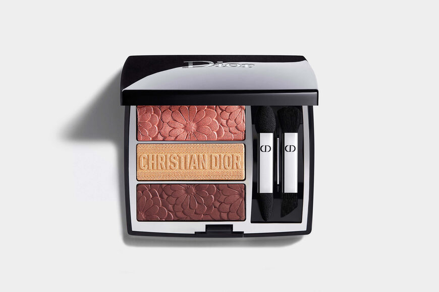 Dior - 3 Couleurs Tri(O)blique - Pure Glow Collection Limited Edition Makeup palette - 3 eyeshadows - trio of colours and effects Open gallery