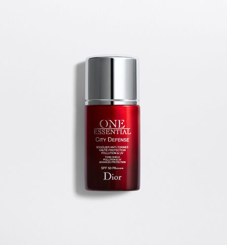 Dior - One Essential City defense bouclier anti-toxines haute protection pollution & uv spf 50 pa++++